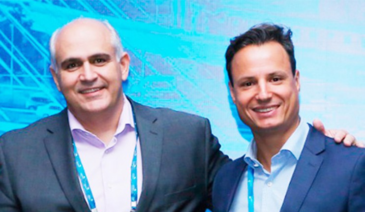 O atual presidente, Juliano Vinhal, e o presidente eleito, Vinícius Andrade