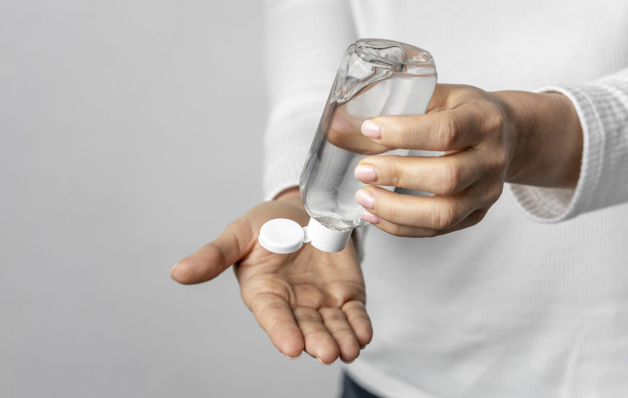 Subvisa interdita lotes de álcool em gel