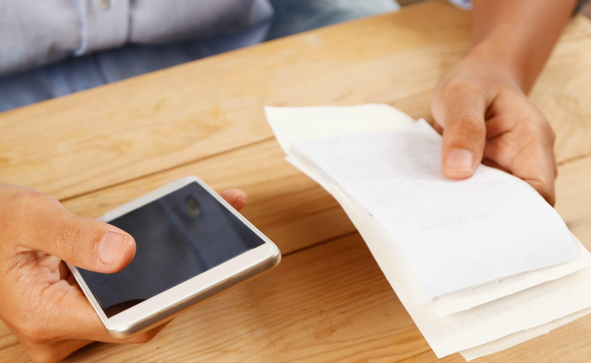 Farmácias deverão disponibilizar faturas de clientes no site oficial