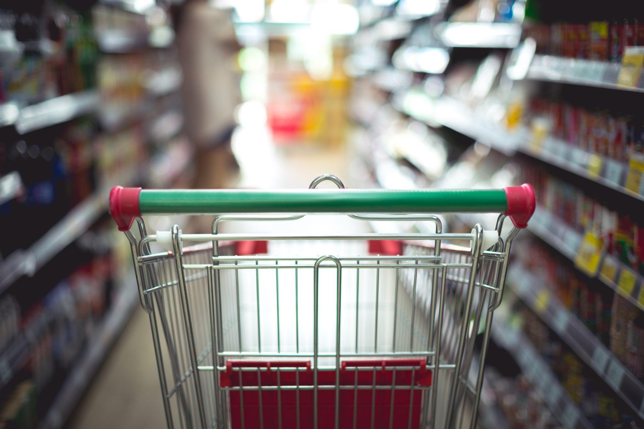 Farmácia deverá higienizar utensílios para clientes