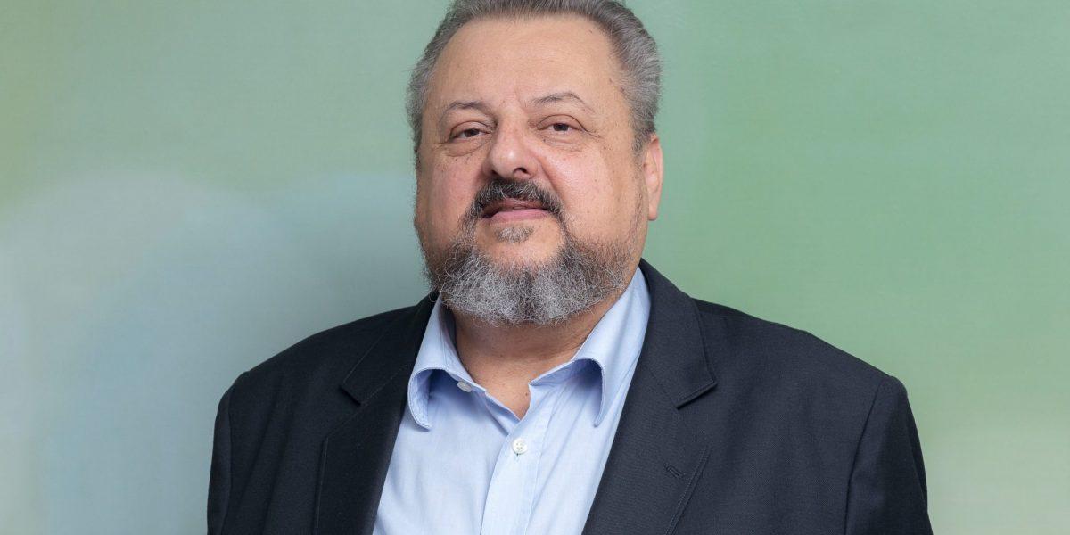 O dr. Carlos Camargo falou sobre a telemedicina na farmácia clínica