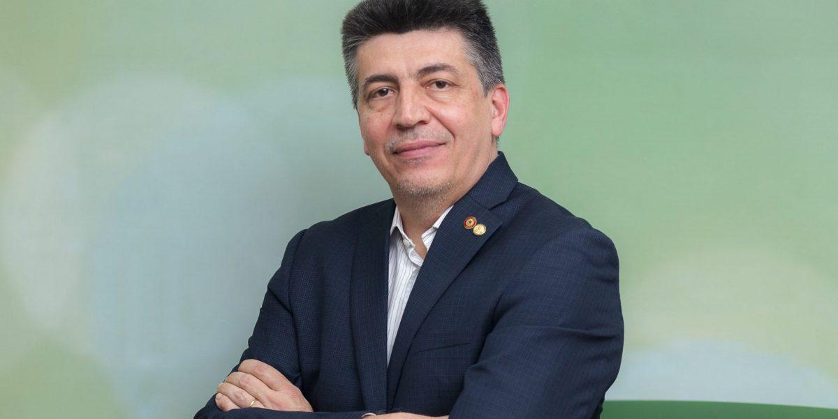O deputado federal Felício Laterça fala sobre a regulamentação em farmácias