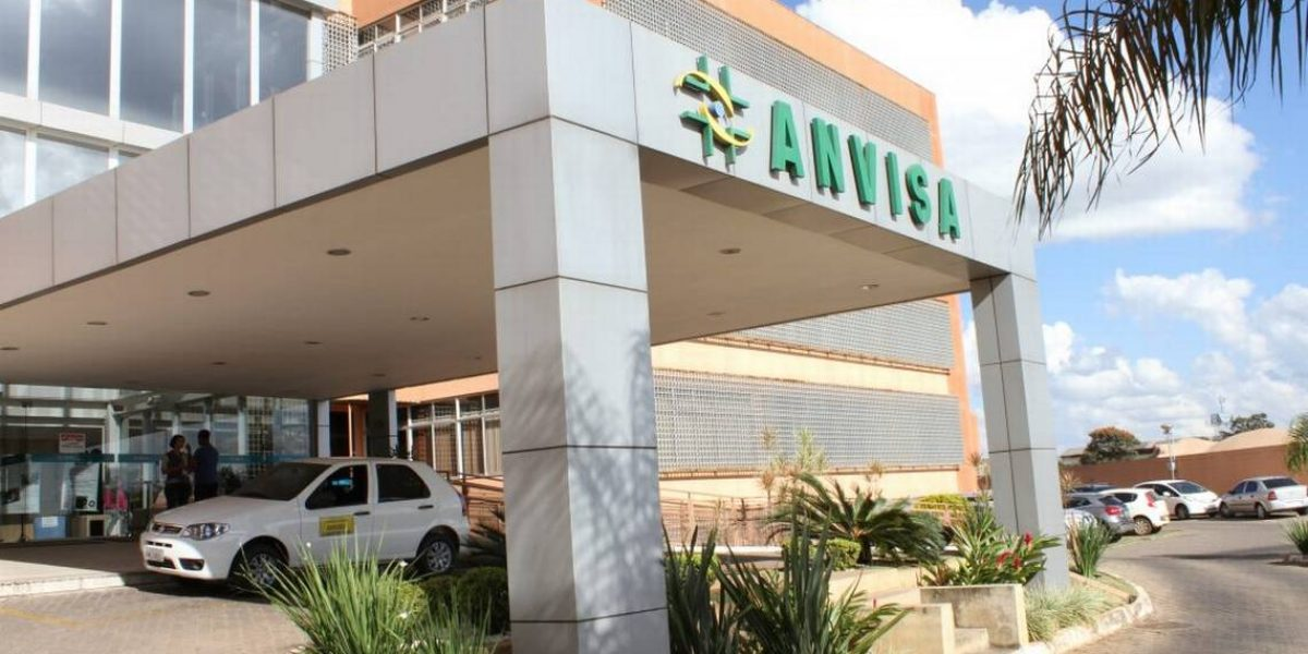 O ofício publicado pela Anvisa têm o objetivo de facilitar a vida das farmácias e drogarias